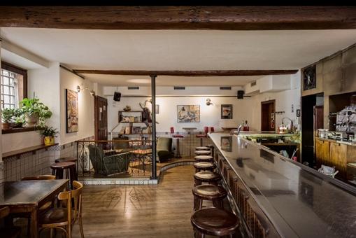 Locale commerciale adibito a Bar ideale per investimento