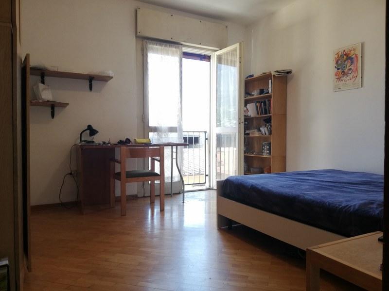 Spazioso appartamento vicino al centro - via Monsignor Celestino Endrici