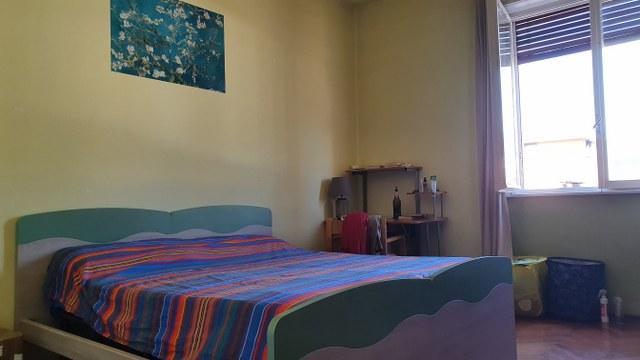 Ampia stanza singola in pieno centro
