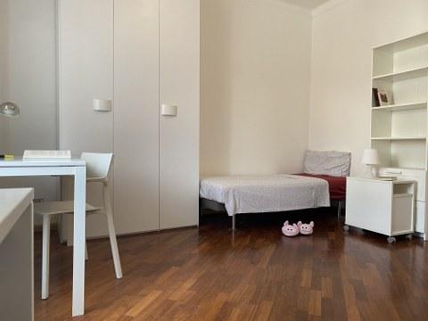 Posto letto in stanza doppia in Galleria Adria, Trento