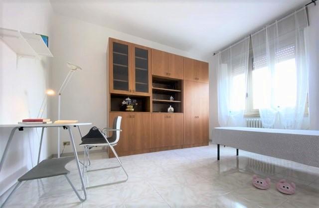 Singola in appartamento ristrutturato alle spalle di Porta Romana, Milano